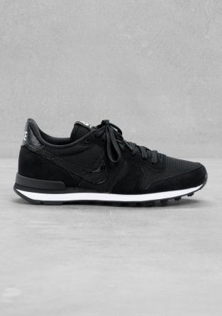 nike internationalist iii uk