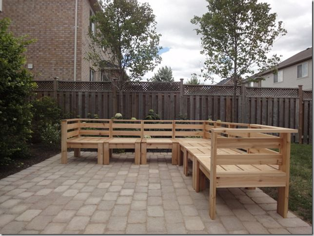 Diy cedar outdoor sectional made from decking cedar boards for Outdoor decking boards