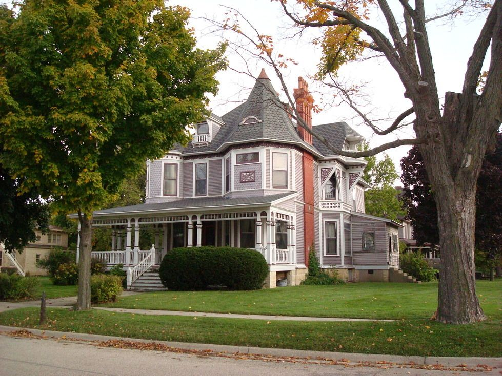 Victorian Homes In Wisconsin Janesville Wi Janesville Random Home H Historic Court House Hill American Houses Janesville Victorian Homes