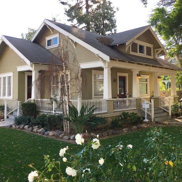 green craftsman house #craftsmanstylehomes