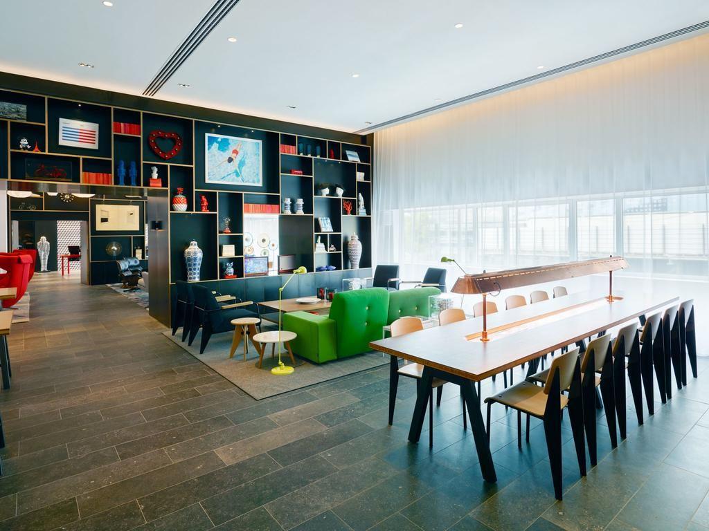 Pingl par st phanie prud 39 homme sur espace coworking - Chambre d hote paris gare de lyon ...