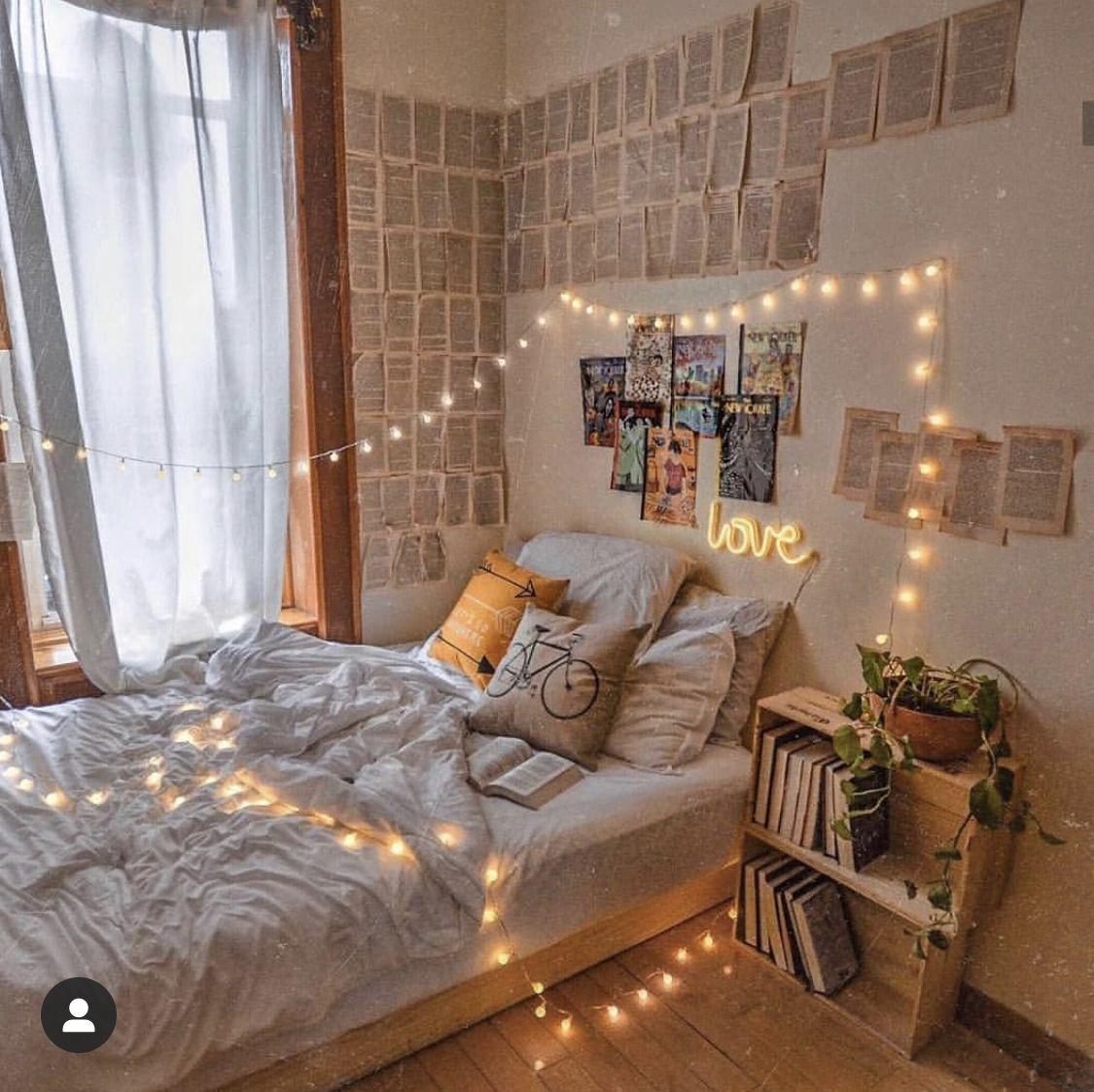 Pin by Amanda on Diy Home | Aesthetic room decor ...