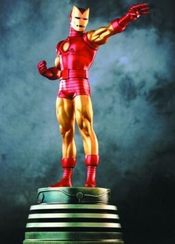 Iron Man Retro statue  Sculpted by: Randy Bowen    Release Date: December 2001  Edition Size: 2000  Order Of Release: Phase I (statue #28)    ////  Marvelicious Toys - The Marvel Universe Toy & Collectibles Podcast
