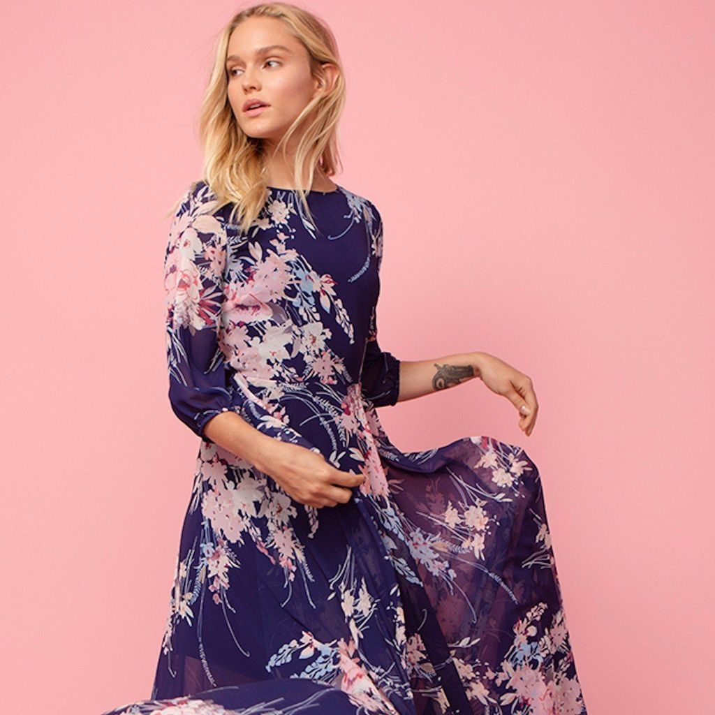 09471fb3e14 50 Stylish Dresses to Wear to a Spring Wedding 2019 - Plus Size Women  Fashion