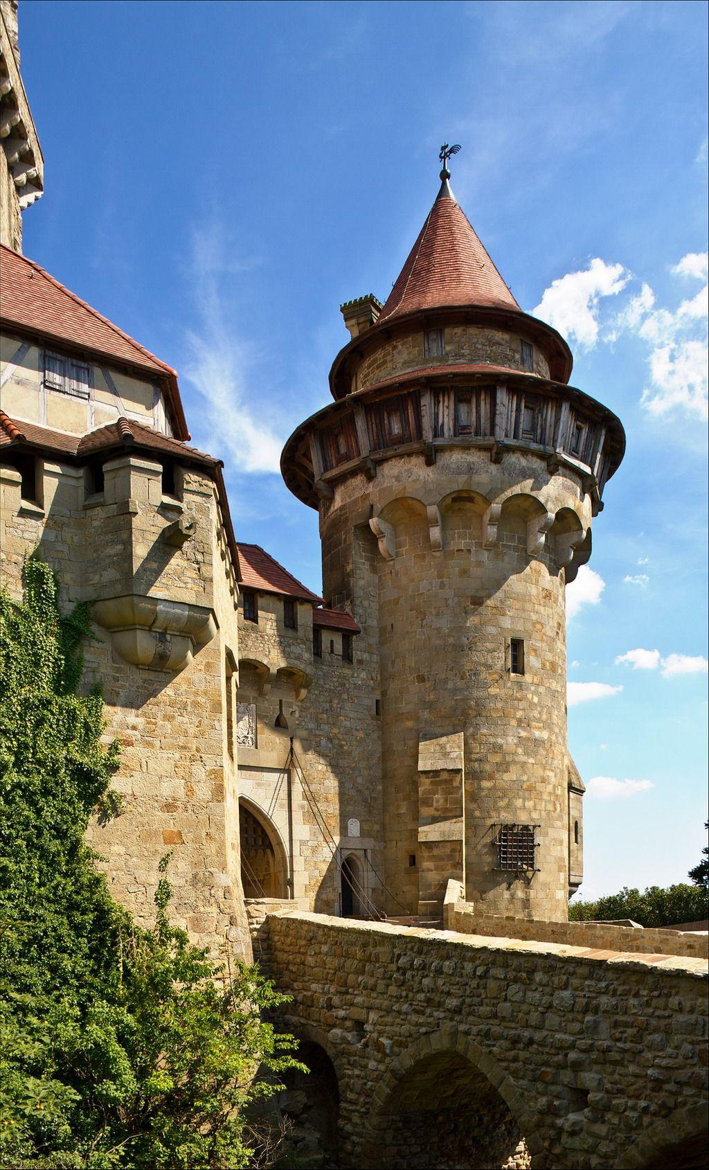 Burg Kreuzenstein ||