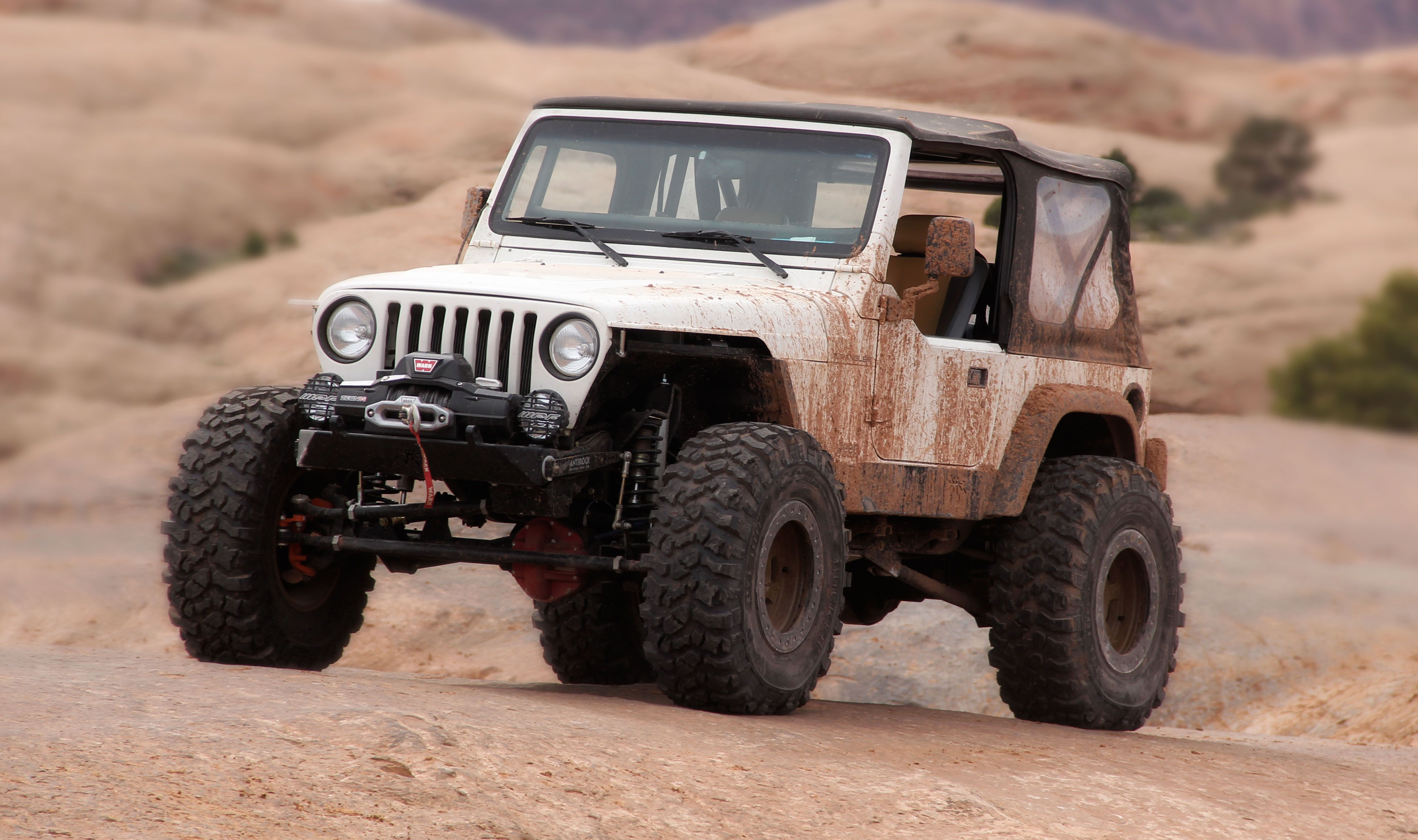 The Dirt Every Day Show Took This Unmolested Four Cylinder Jeep Wrangler And Built It In 14 Days For Annual Moab Easter Safari Keeping Cente