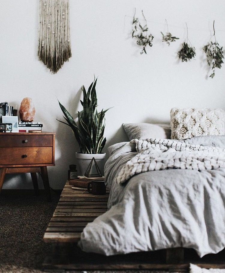 Explore these chic and functional headboard ideas