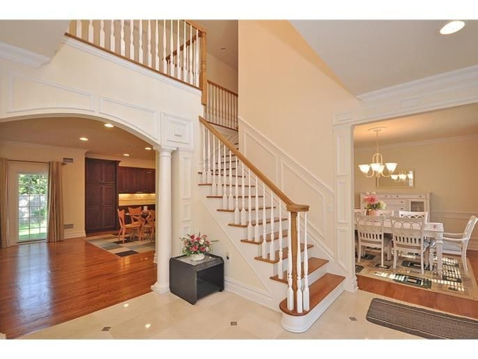 121 Albright Ln Paramus Nj 07652 Id 3112512 Mls Find Homes For Sale Paramus Selling House