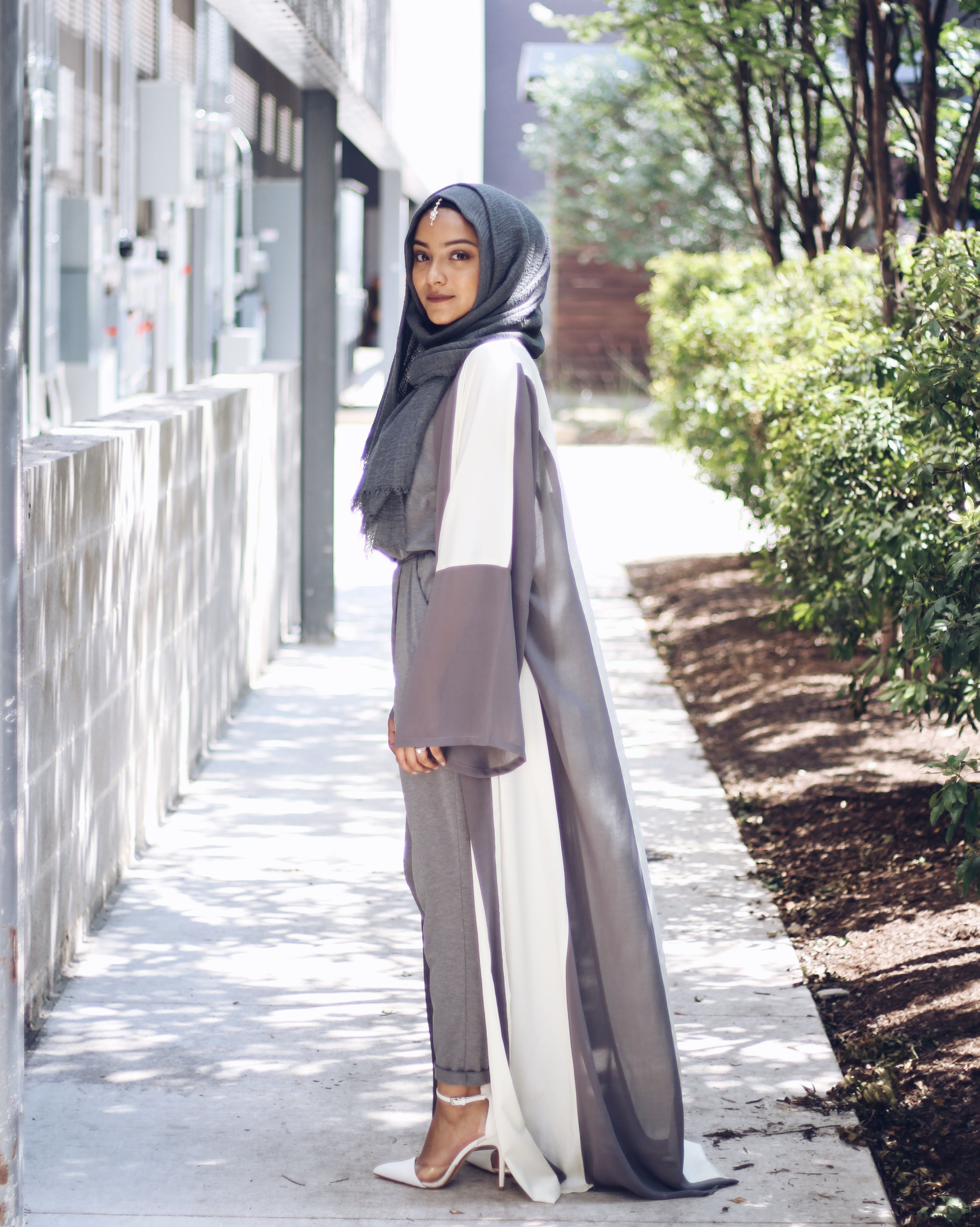 e6228d8786141 abaya fashion hijab fashion instagram kimono open abaya  www.veiledcollection.com