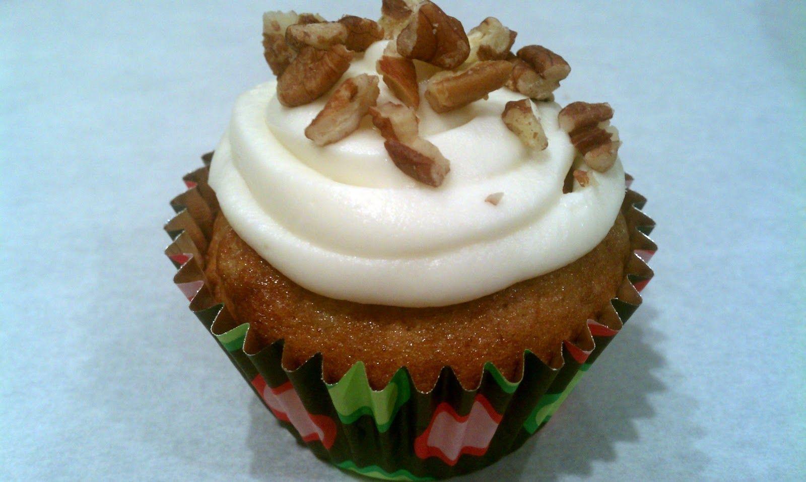 Bake or Breaks' Hummingbird Cupcakes Hummingbird