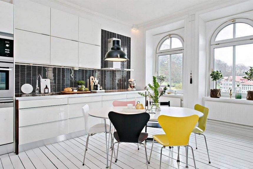 white and black kitchen Kitchen Pinterest Black kitchens