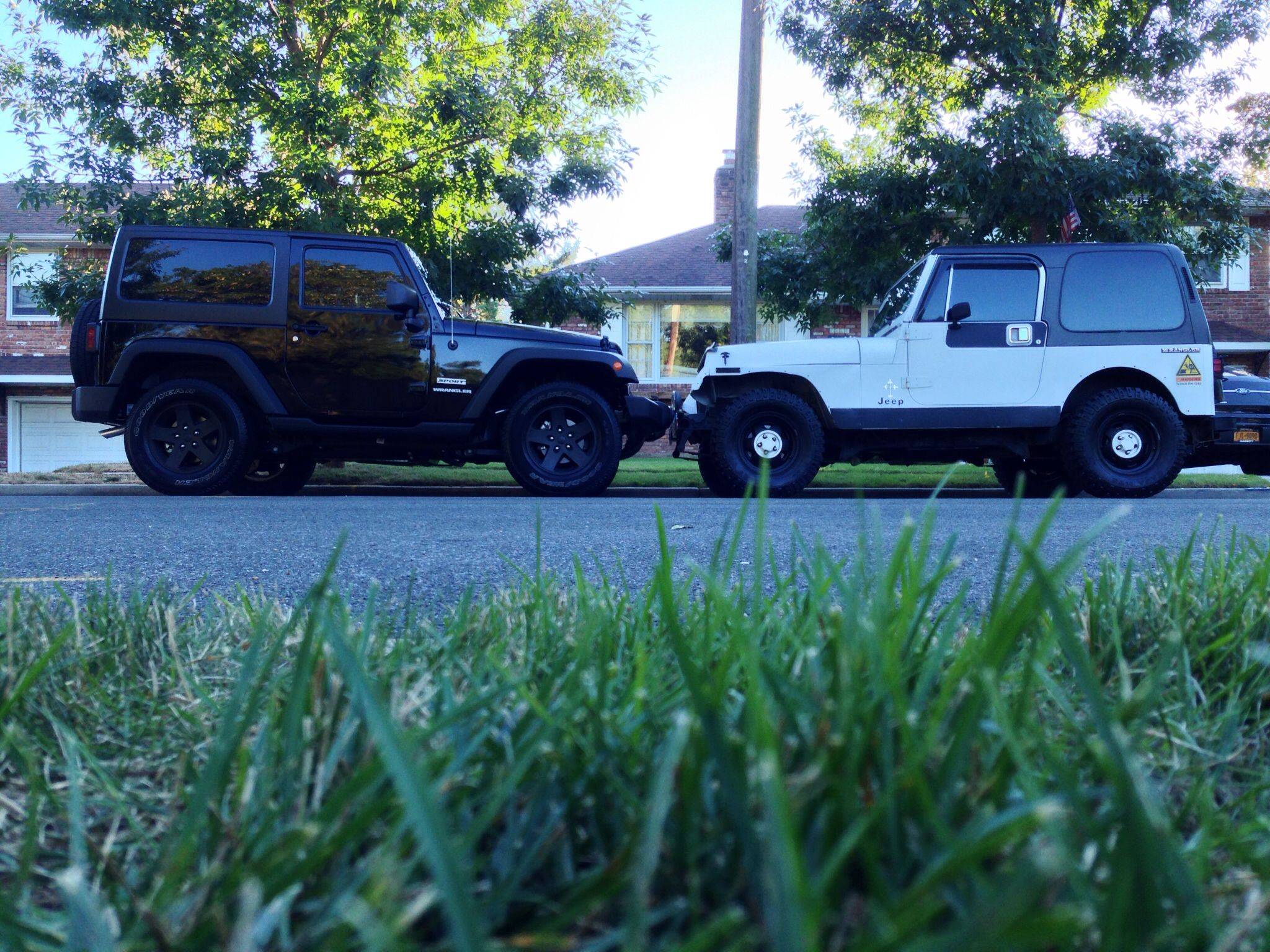 New V.S Old (2013 jeep wrangler sport and 1990 jeep
