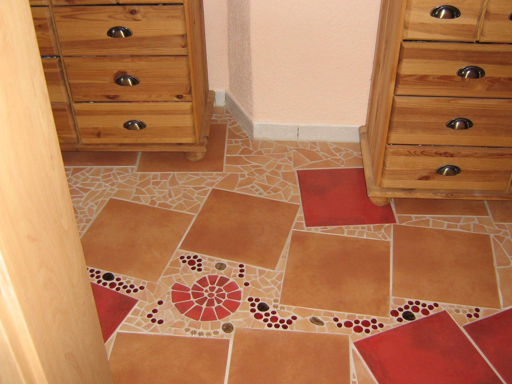 mein flur mit mosaik aus fliesen und glassteinen mosaic pinterest flure mosaik und fliesen. Black Bedroom Furniture Sets. Home Design Ideas