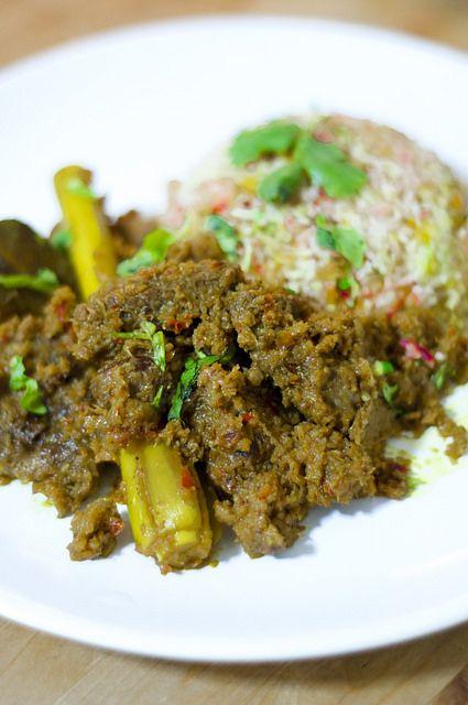 Beef Rendang Nasi Hujan Panas By Psilovetocook Com Easy Asian Recipe Indonesian