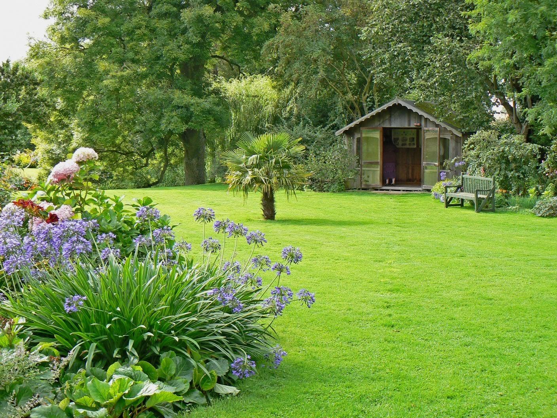 English Style Garden Ideas Garden Design Better Homes Gardens