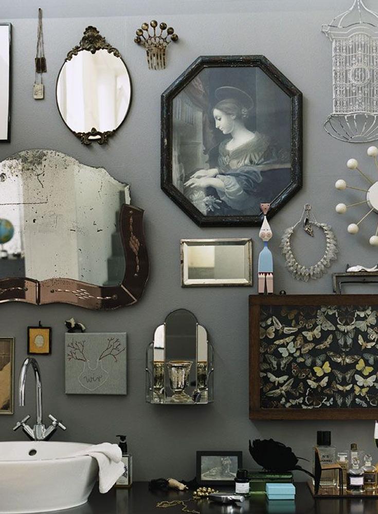 27 Interior Designs with Bathroom Art - MessageNote