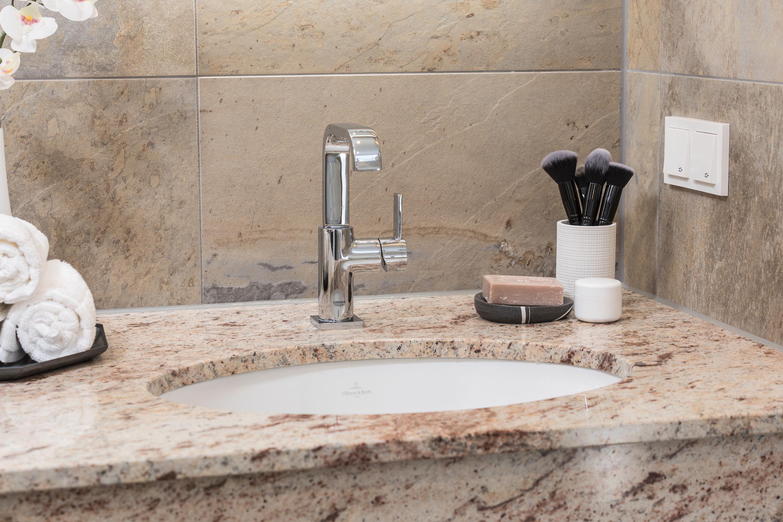 Elegantes Waschbecken Von Villeroy Und Boch Badezimmer Bad