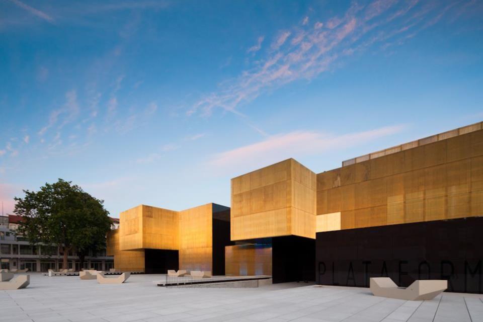 Platform of Arts and Creativity by Pitagoras Arquitectos