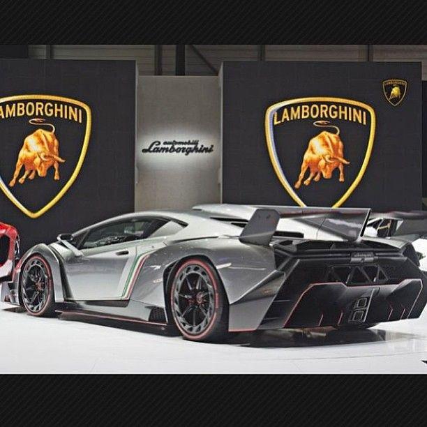 Wicked Lamborghini Veneno!
