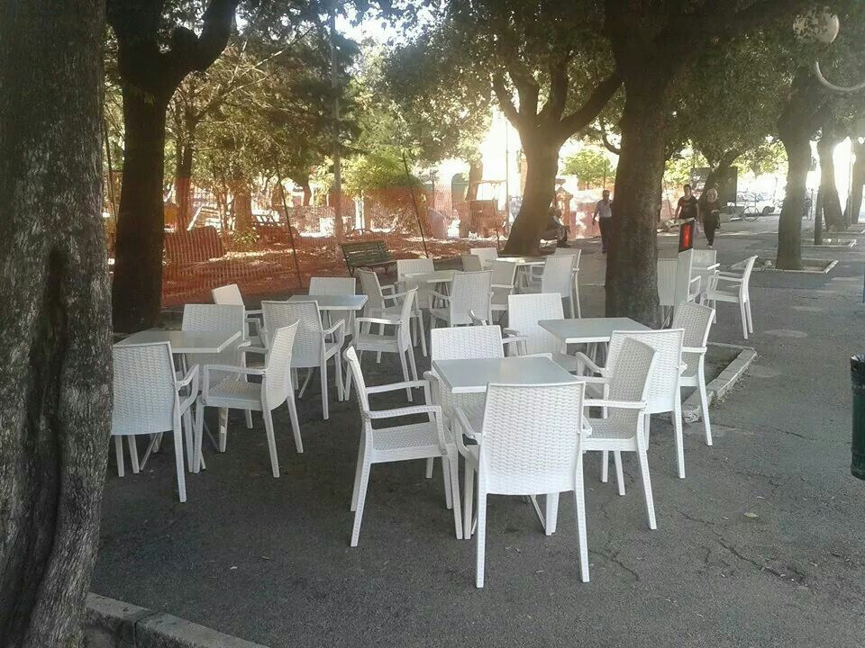 Sedie Rattan ~ Werzalit poltrona rattan e tanti posti a sedere