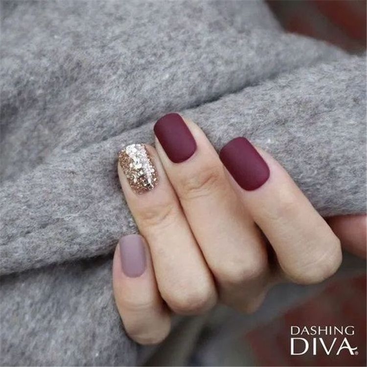 50 Stylish Winter Short Square Nail Designs To Copy This Season - Women Fashion Lifestyle Blog Shinecoco.com