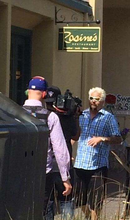 Guy Fieri Filming His Ddd Show For Food Network Diners Drive Ins
