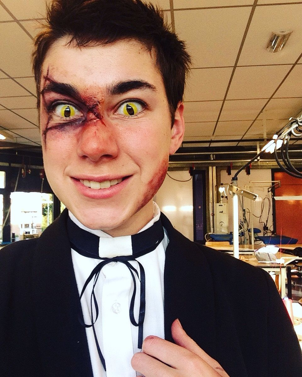 Awesome Bipper Halloween Costume<<< this is incredible | Gravity ...