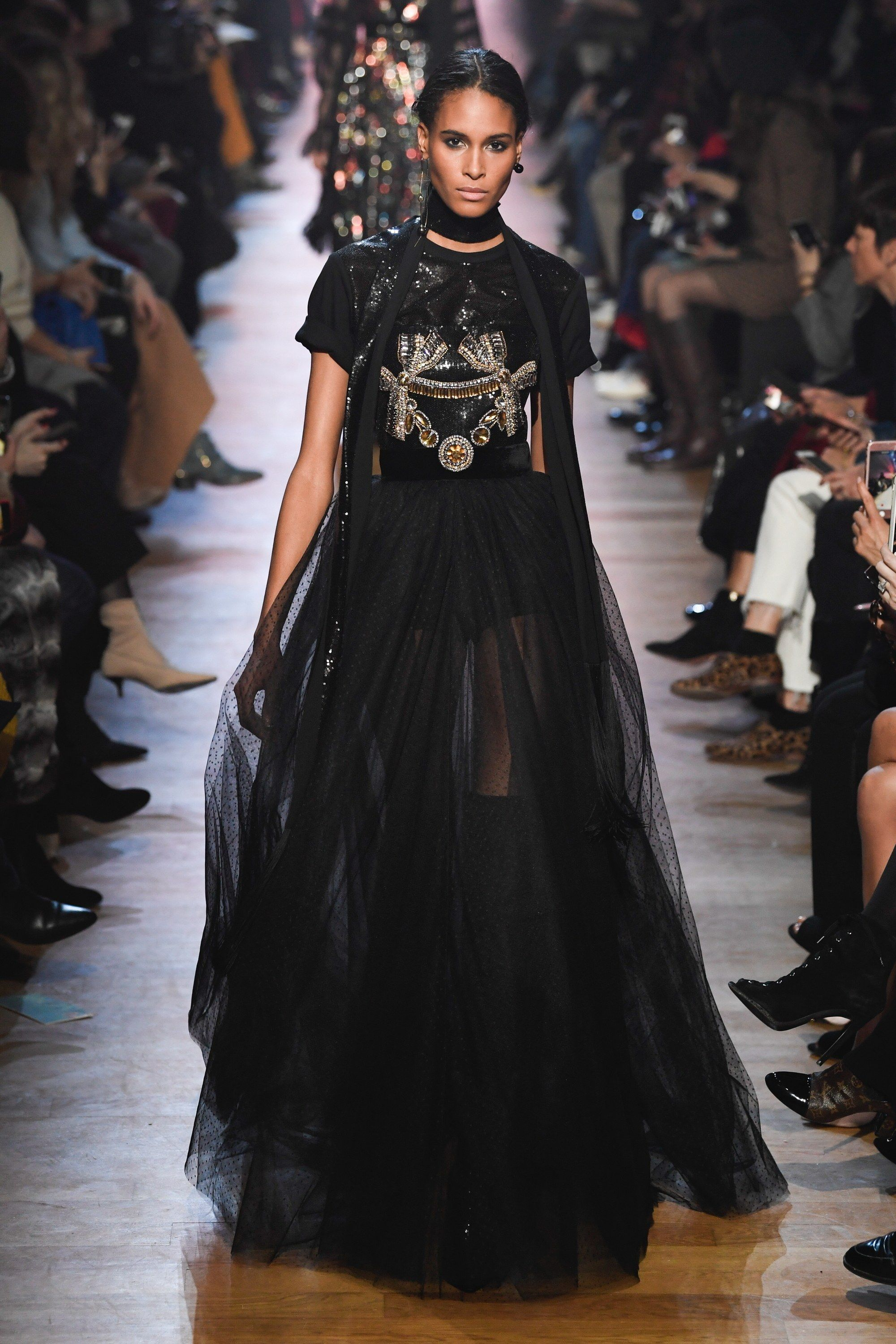 Elie Saab Fall 2018 Ready-to-Wear Fashion Show | Couture