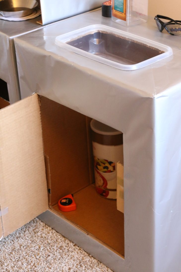 TUTORIAL: Cardboard Play Kitchen Sink | Children s, Cardboard play ...