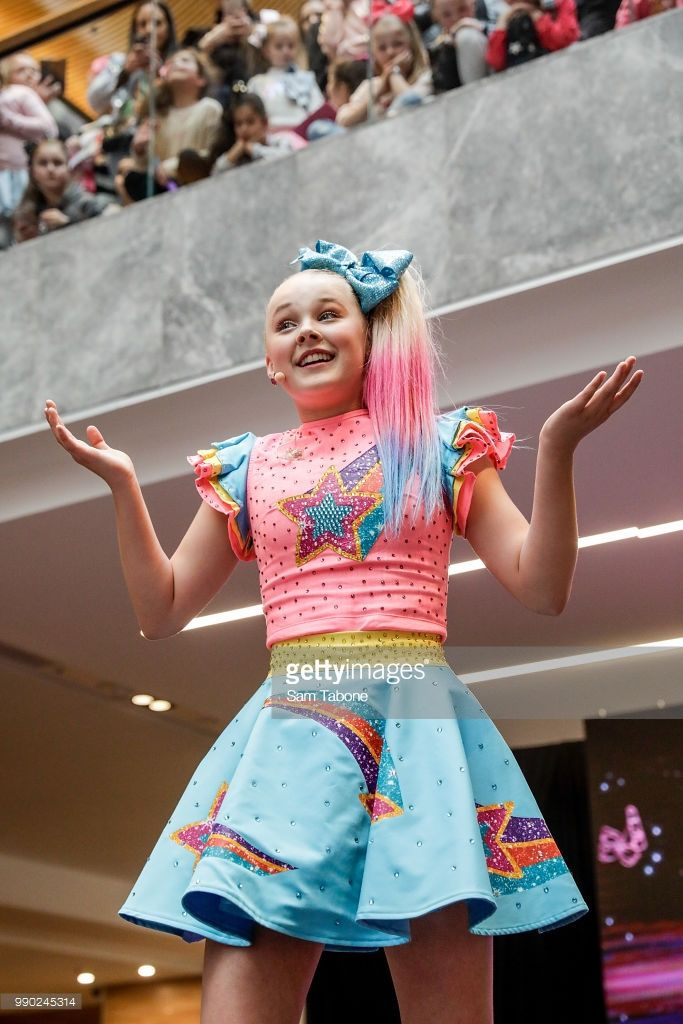 Jojo Siwa Australia Tour 2020 Melbourne : australia, melbourne, Australian, Melbourne, Photos, Premium, Pictures, Siwa,, Jojo,, Fashion, Design