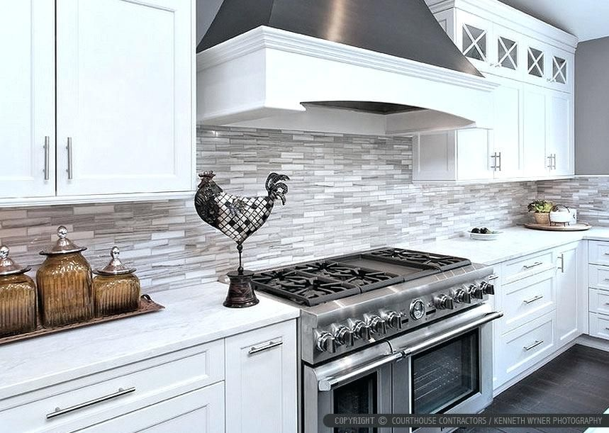 41 Beautiful White Kitchen Backsplash Ideas White Modern Kitchen Modern Kitchen Backsplash White Tile Kitchen Backsplash