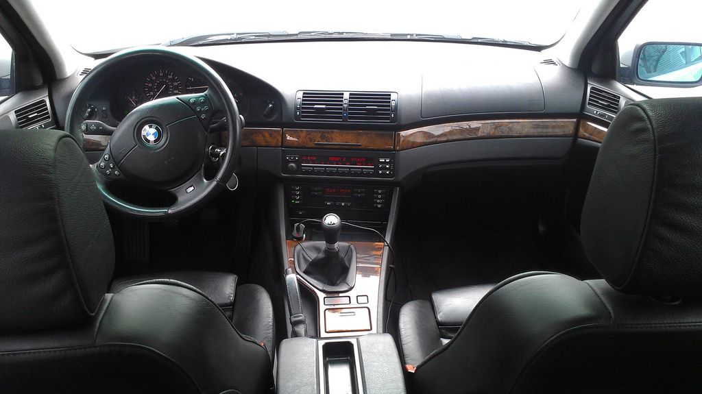 BMW E39 Interior. The Inside Of My Baby.