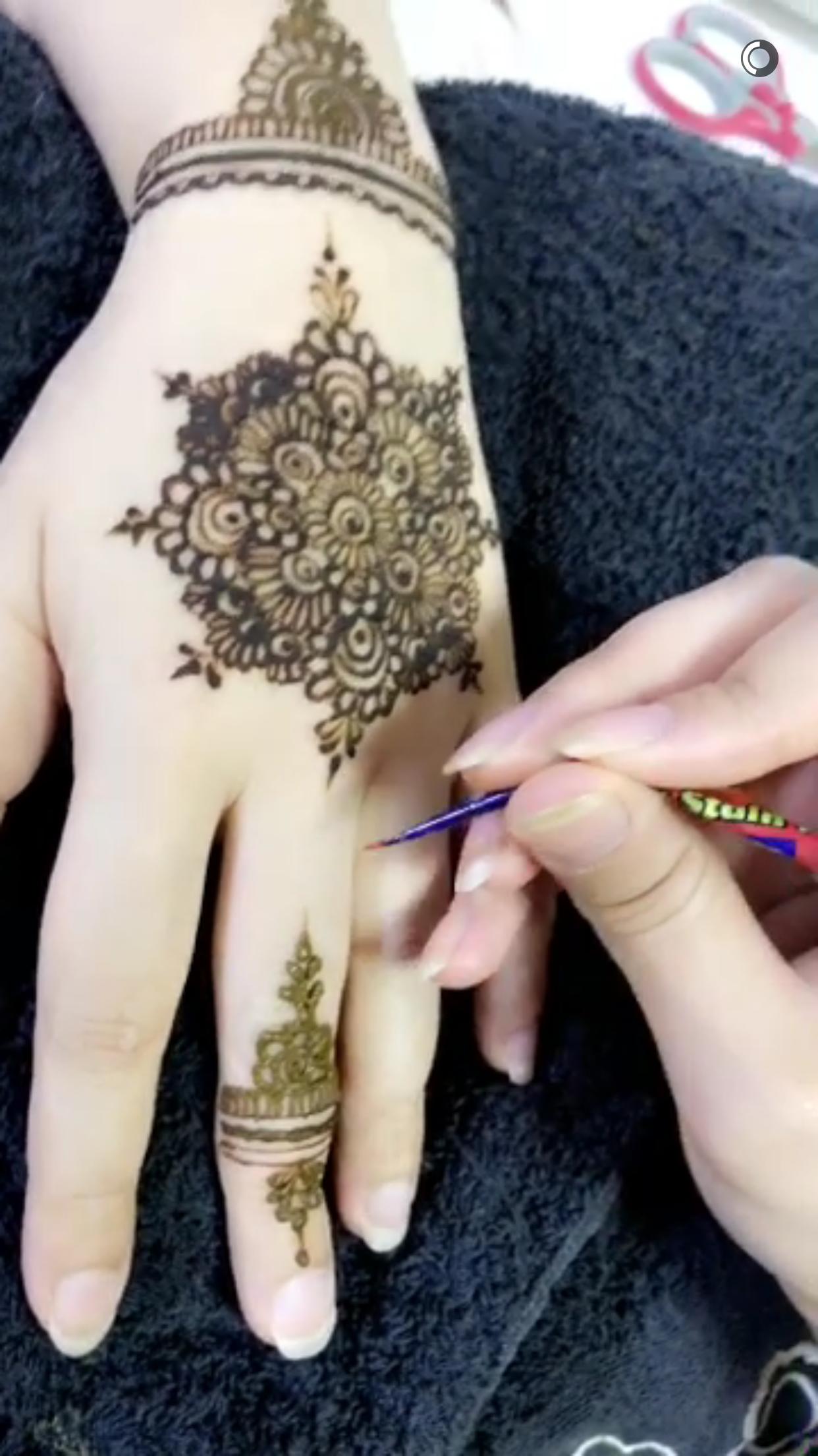 Pin by amna butt on henna pinterest hennas