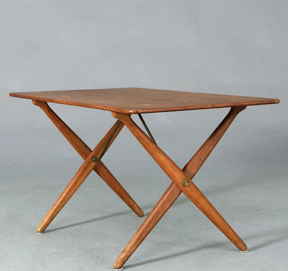 Hans j wegner at 308 a 50s coffee table with teak top and oak a 50s coffee table with teak geotapseo Image collections