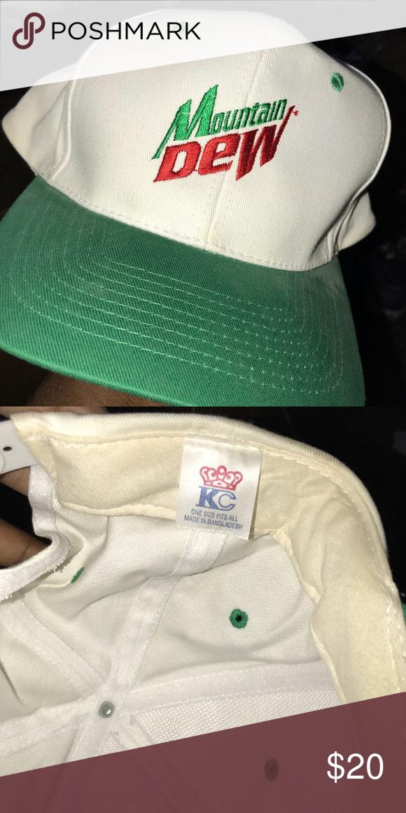 Vintage Mountain Dew SnapBack Very clean vintage Dew SnapBack Accessories  Hats 0ba756eab9a