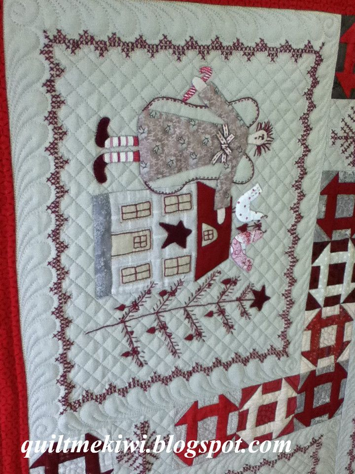 Block Close Up Of Lynette Anderson S Scandinavian Christmas Made By Maree Quilted By Quiltmekiwi Christmas Quilts Holiday Quilts Small Quilts