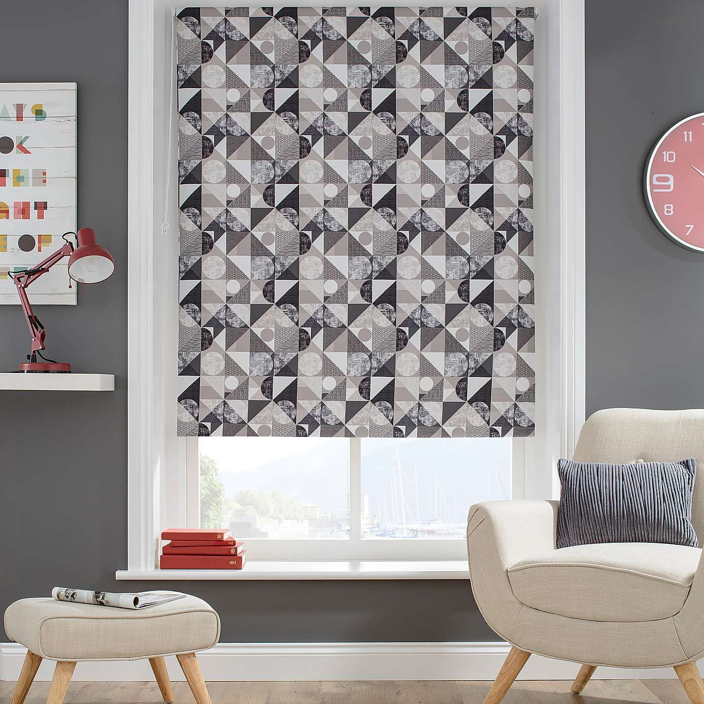 Decorated With A Modern Pattern Made Up Of Grey Circles