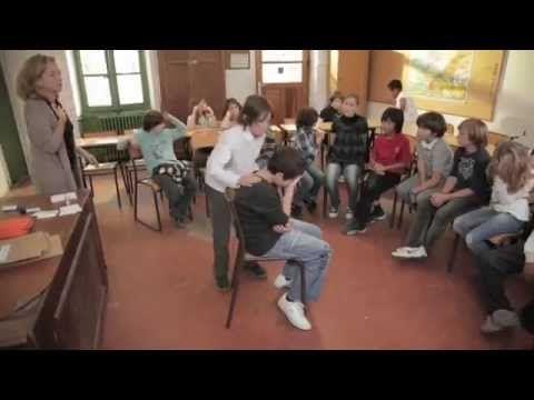 L'Atelier du Bonheur avec des enfants de 6ème - YouTube