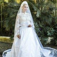 Novo vestido de noiva de Sandra em 'Êta Mundo Bom!' tem estilo 'princesa' inspirado em Grace Kelly
