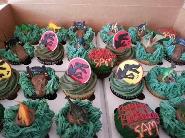 Jurassic park cupcakes | Cupcake Creations by Fernanda ...