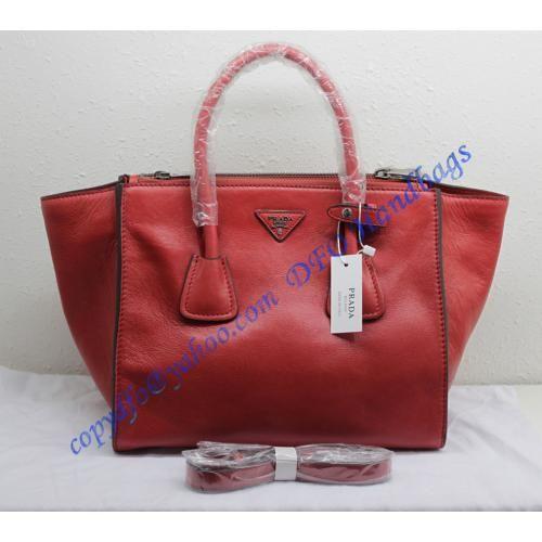 112c2e3ba7 Prada Saffiano Double-Zip Tote P2619 red in 2019