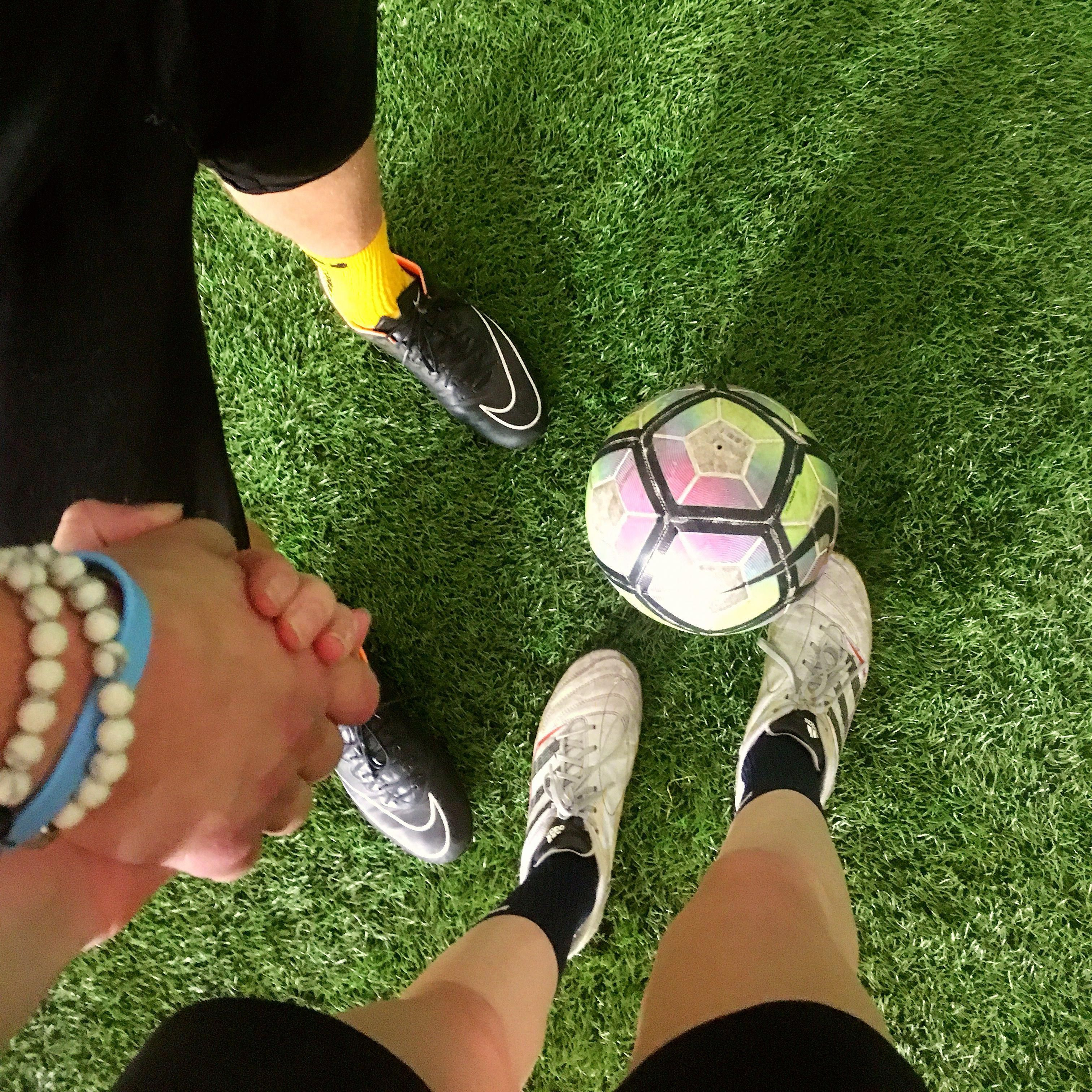 Couple Goals For Soccer Players Do What You Love With The People You Love Soccer Couples Cute Soccer Couples Soccer Relationships