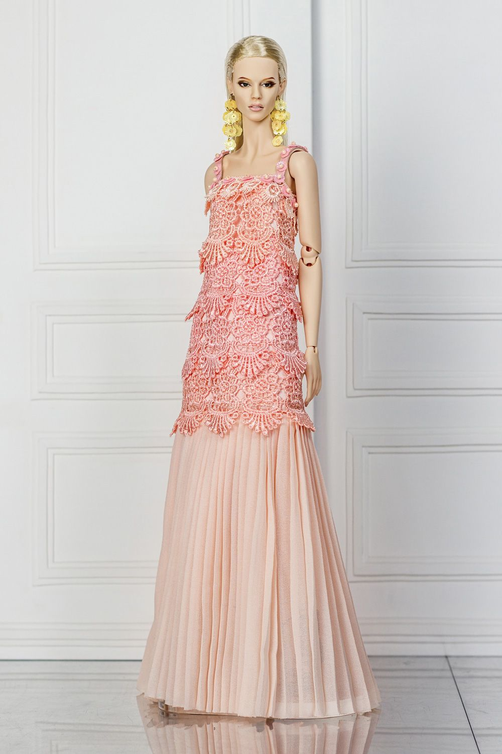 DeMuse Doll pre-fall 2017 collection.   barbie   Pinterest   Ropa de ...