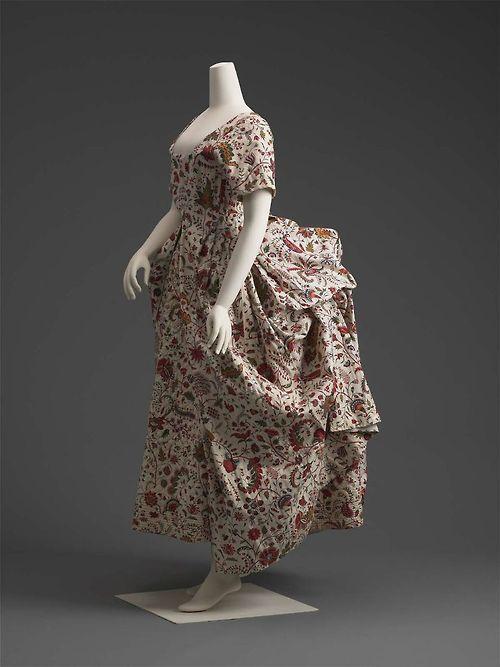 Robe à la Polonaise 1785 The Museum of Fine Arts, Boston - OMG that dress!