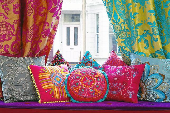 11 Ways To Turn Your Home Into A Moroccan Oasis Bedroom DecorMoroccan RoomMoroccan Living RoomsColorful CurtainsColourful