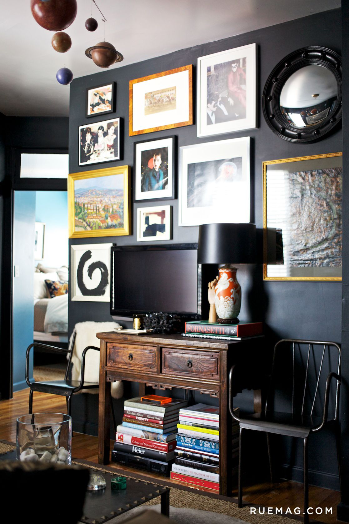 13 Gallery Walls To Be Inspired By Perfect Gallery Wall Gallery