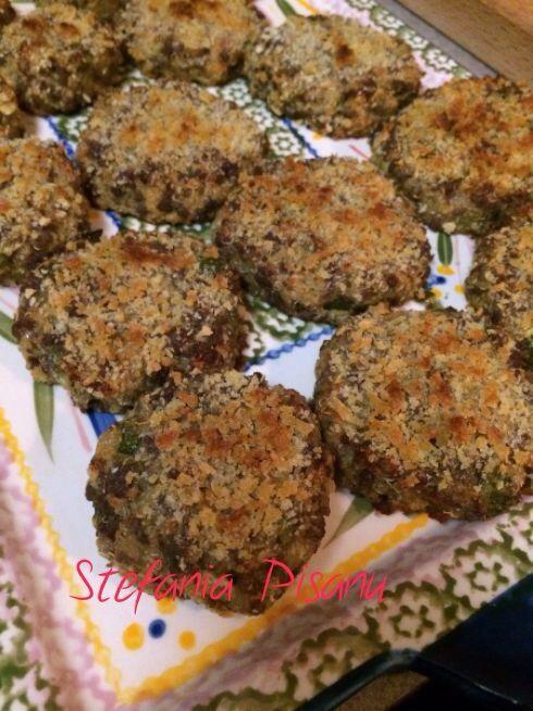Le Ambasciatrici Del Buon Gusto: Schiacciate di quinoa, macinato e zucchini di Stefania Pisanu - Zucchini, quinoa and ground meat cakes