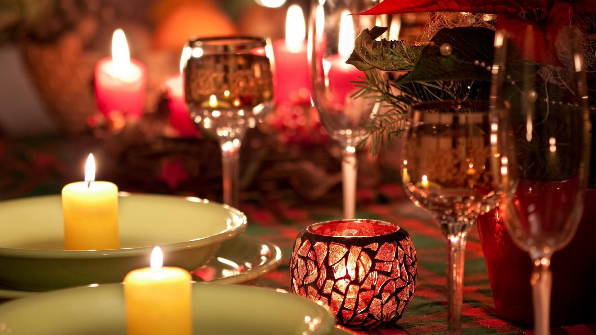 Romenting Dinner Wallpaper 1080 X 1920 Need Iphone 6s Plus Wallpaper Background For Iphone6s Candle Light Dinner Candle Decor Christmas Place Settings