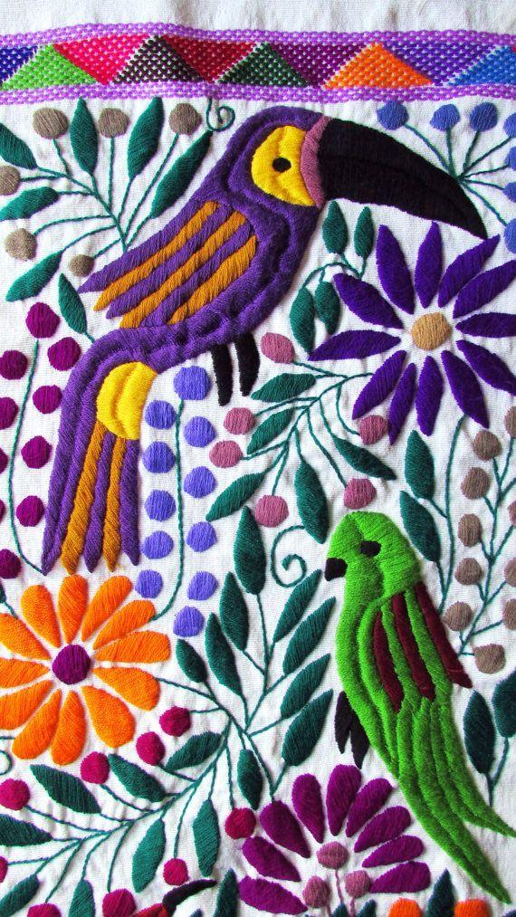 Resultado de imagen para bordado mexicano patrones camino de mesa