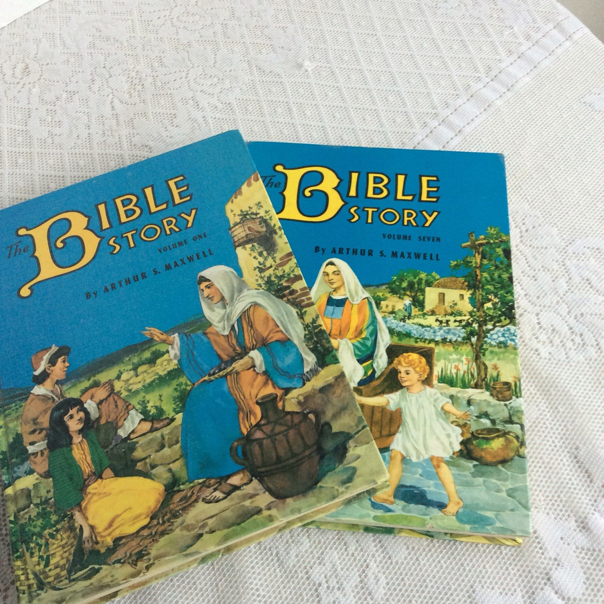 the bible story by arthur s maxwell set of two hardcover books